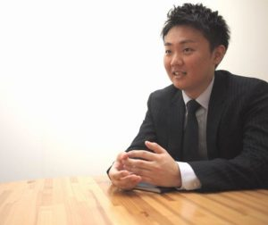 テクバン株式会社 システムソリューション営業1部 課長 濵野 勇太様